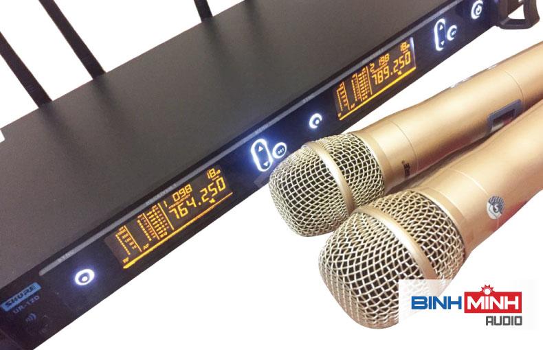 Micro hội trường không dây Shure UR 12D