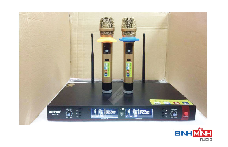 Micro Shure UGX9 III