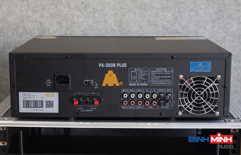 Mặt sau Amply Karaoke Jarguar 203N Plus Bluetooth