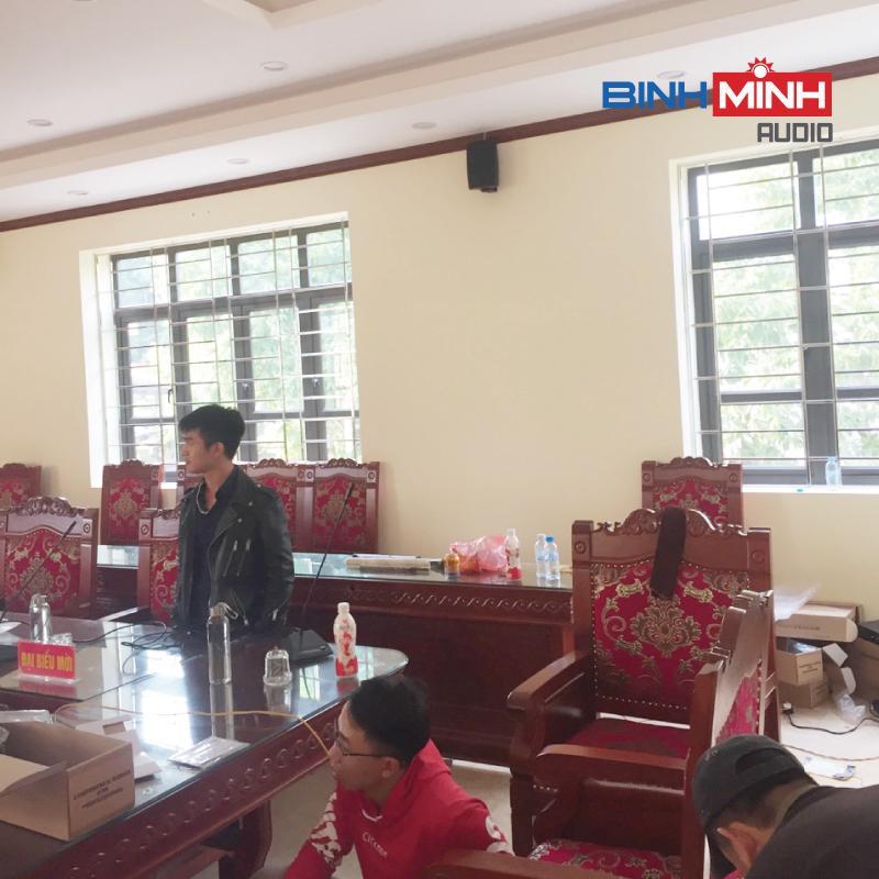 Phòng họp UBND Mẫu Sơn